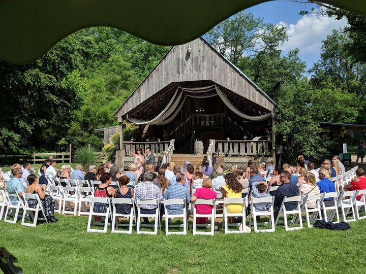 Story Inn has a great new wedding barn--rustic chic!
