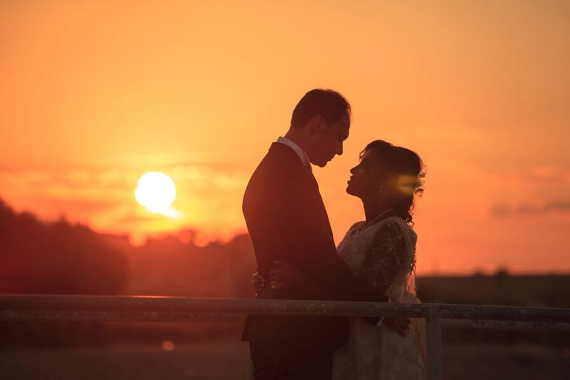 Wedding photoshoot at sunset Centro Poker Vacanze, Italy