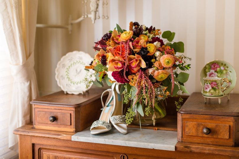Bridal heels and bouquet