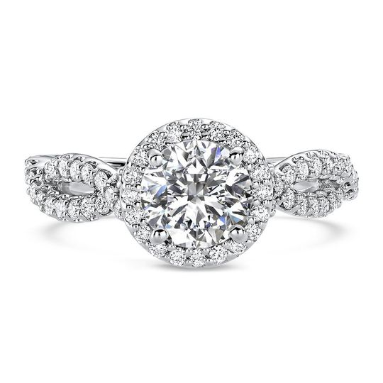 Ritani	19804		Diamond Twist Halo Engagement Ring in 18kt White Gold (0.49 CTW) for a Round...