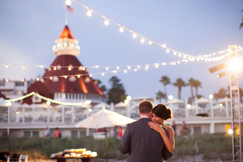 An intimate dance under the twinkling lights at Hotel del Coronado.