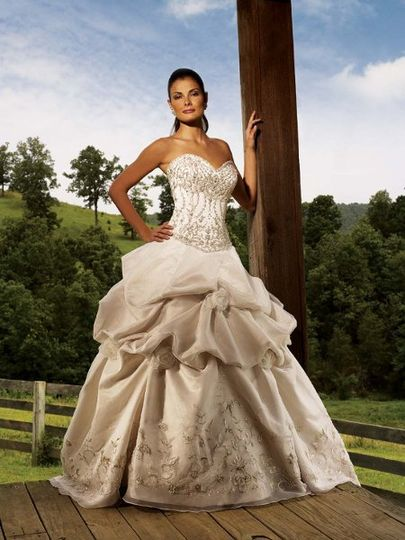 Allure Couture Bridal Ballgown for Rent