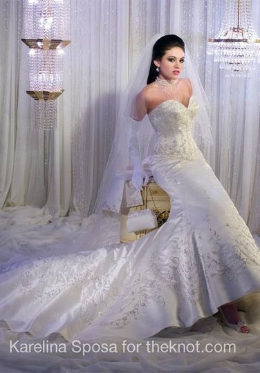P C Mary's Bridal Karenlina Sposa Private Gown for Rent