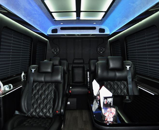 9 Passenger Mercedes Executive Sprinter Interior