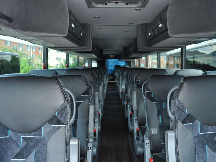 Tmx 1515625273 C2e8cf6e50ff18ee 1515625269 2999124c37755379 1515625265024 1 Coach Interior 1 Rockville wedding transportation
