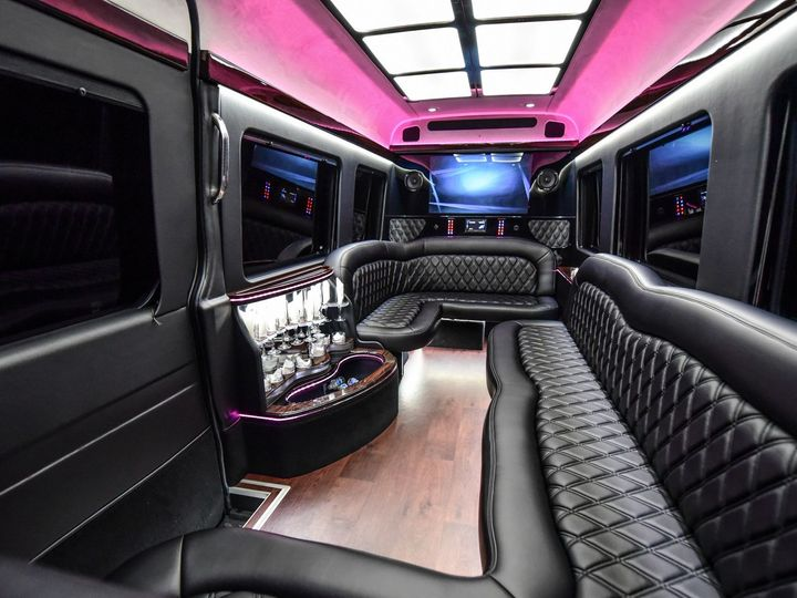 Tmx 1515777254 Cd092f2aad43703e 1515777252 9085be2e5b0608bb 1515777249598 10 Sprinter Limo3 Rockville wedding transportation