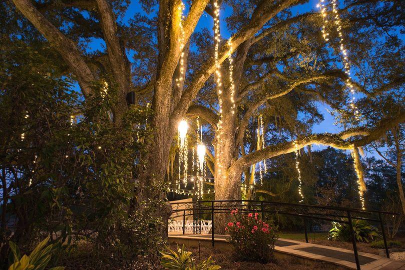 The Oaks Wedding & Event Center - Venue - Ponchatoula, LA ...