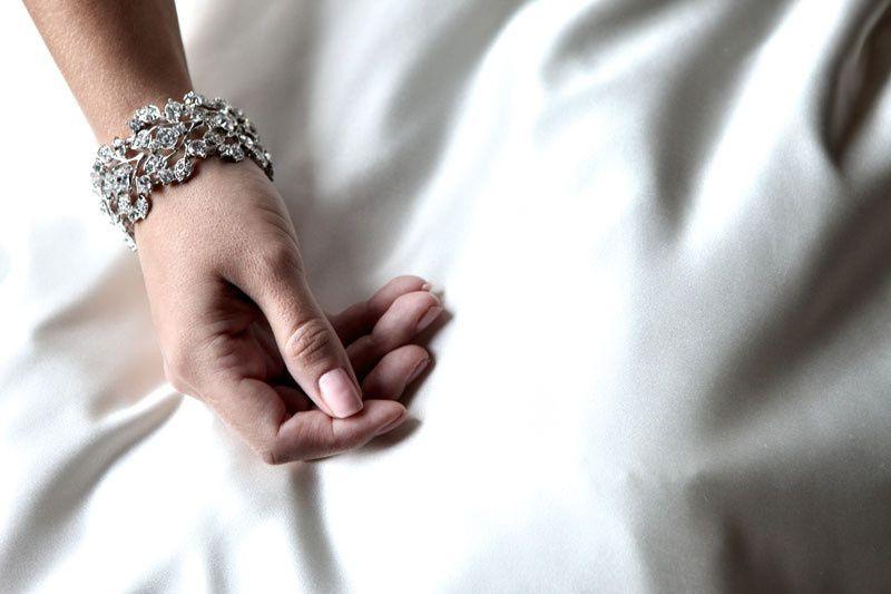 """The """"Glamoura"""" silver leaf cuff"""