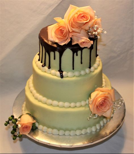 Butter Cream Drip Cake with Fresh Roses