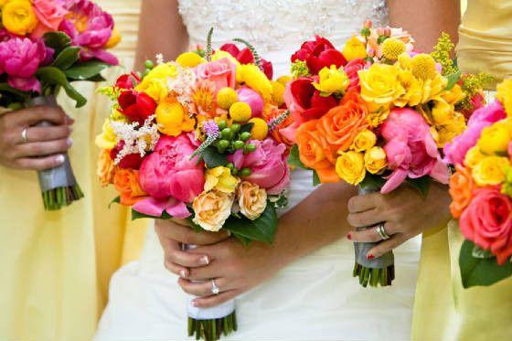 maryland bay blossoms flowers ellicott city md weddingwire. Black Bedroom Furniture Sets. Home Design Ideas