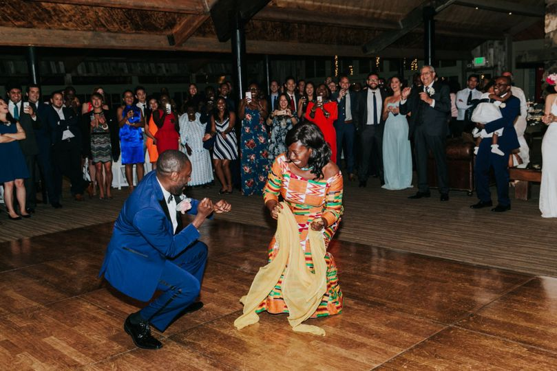 800x800 1482179891904 african wedding dj