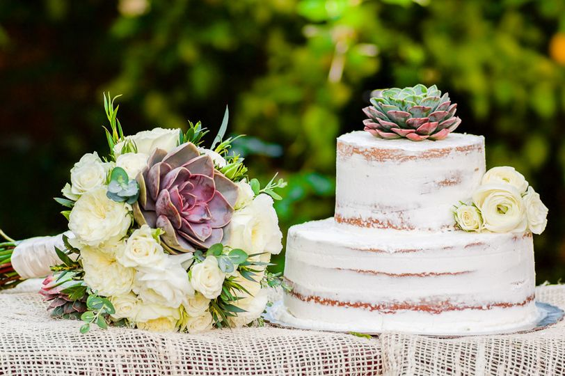 Flower and cake