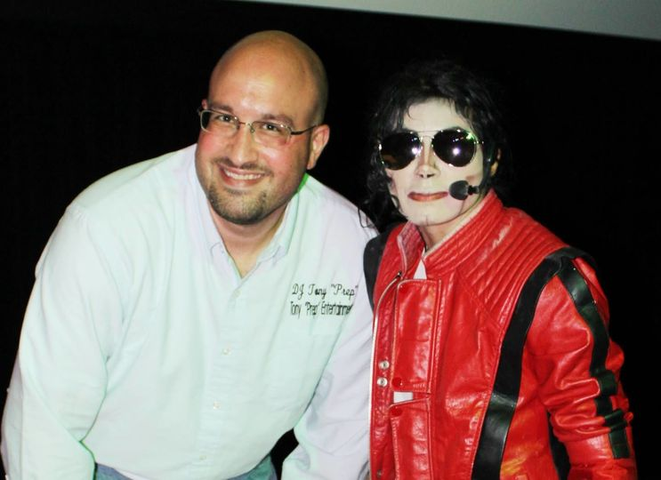 W/Michael Jackson Impersonator