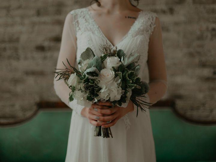 Tmx Behnke 233 51 45850 159992903089105 Milwaukee, WI wedding florist