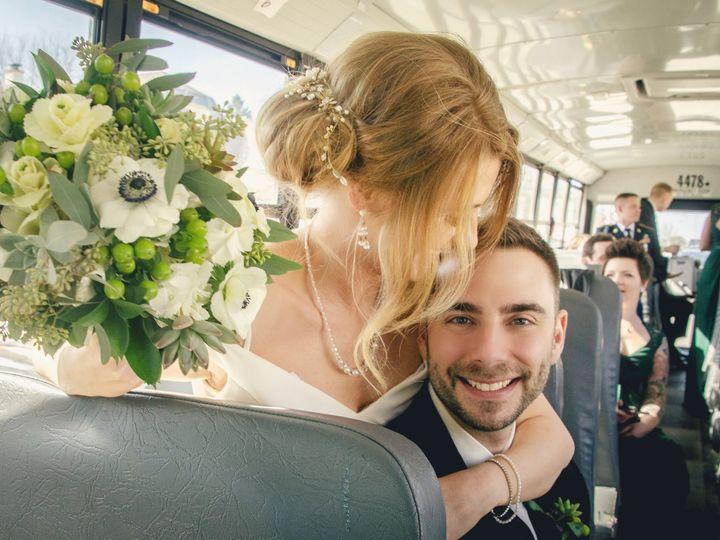 Tmx Dsc 0618 51 45850 159993095839070 Milwaukee, WI wedding florist