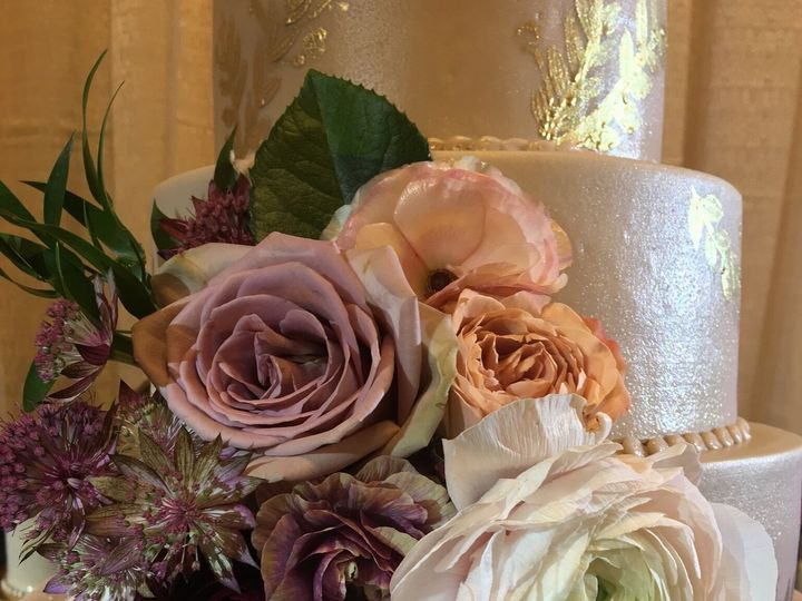 Tmx 0ce7848c 0e20 4840 8532 B80c86d2e8d8 51 366850 158756579735166 Cypress, TX wedding cake