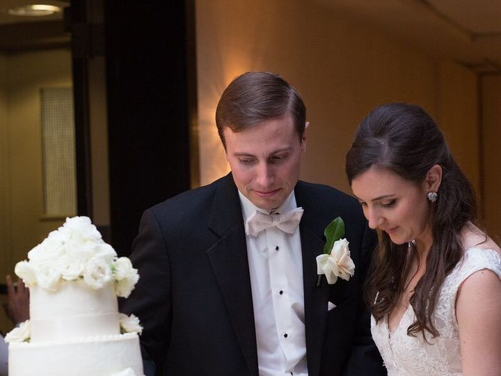 Tmx 1534375586 708d78bfda28eab9 1534375585 A806243d2acafbb9 1534375582725 5 Cake Cutting Previ Houston, TX wedding venue