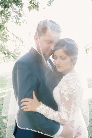 laura alejandro wedding sneakpeek 82