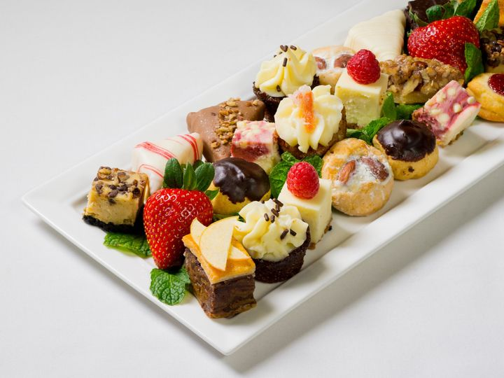 Tmx Sweets Tray Cropped 51 711950 158688006153634 York, PA wedding catering
