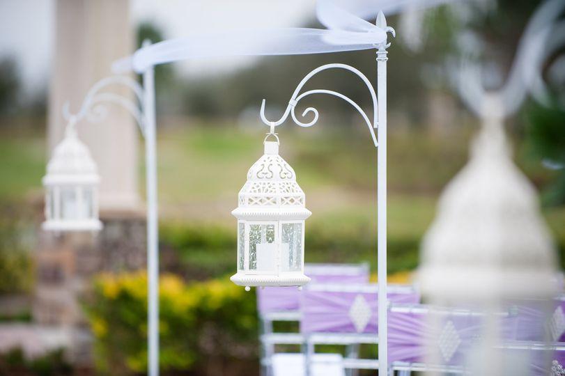 Aisle lanterns