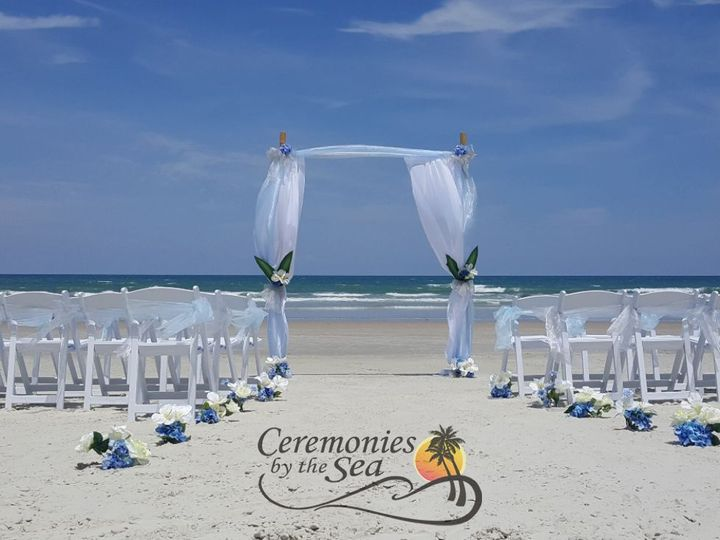 Tmx 1530130640 0aa6adf81da8ac53 1530130638 1d2561a9414800dc 1530130595305 29 Bamboo Arch Light New Smyrna Beach, FL wedding planner
