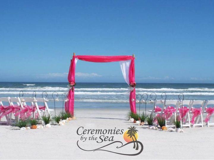 Tmx 1530130640 24b3b5c5b1cb899e 1530130638 Beac7b46e5e70e25 1530130595305 28 Bamboo Arch Fuchs New Smyrna Beach, FL wedding planner