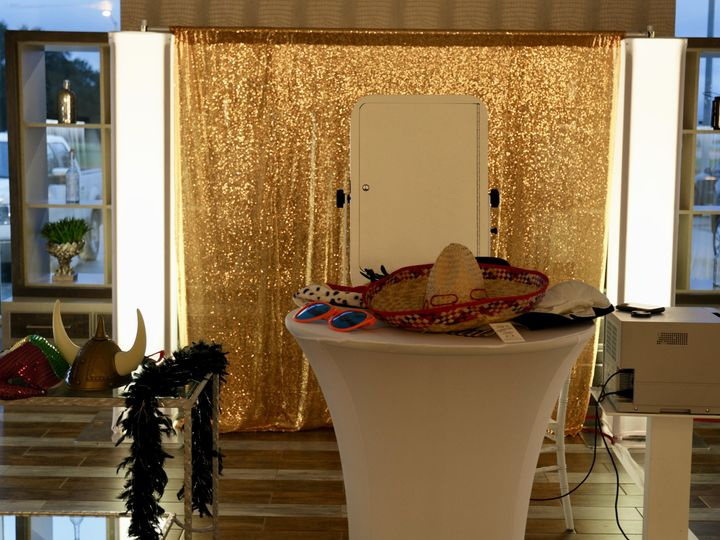 Tmx Open Air Photo Booth With Props 51 995950 Lafayette, Louisiana wedding eventproduction