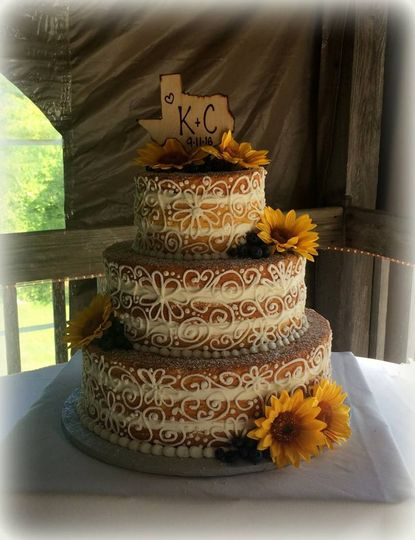 Floral laced Naked Cake