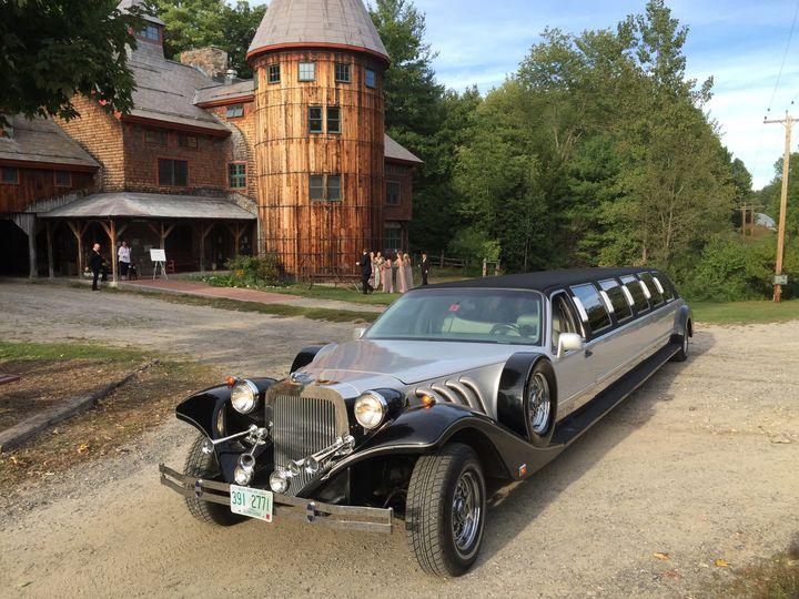Tmx 1494543650 3bb67d24181621e2 1494541827976 Excalibur Stonewall Farm Swanzey, NH wedding transportation