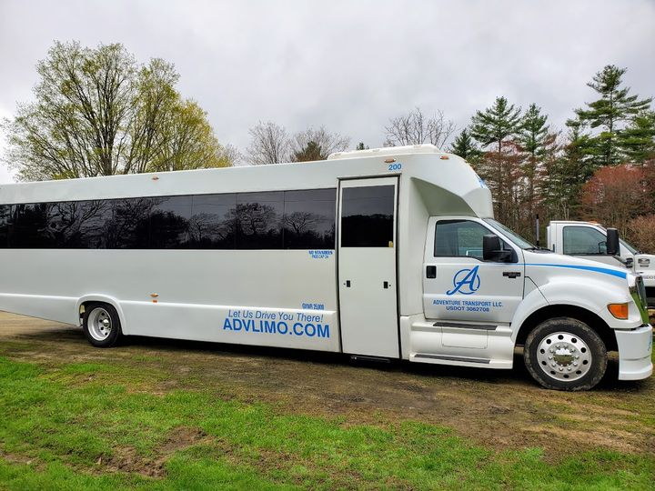 Tmx 34 Pass Entry Side Of Bus 043019b 51 127950 160277945691522 Swanzey, NH wedding transportation