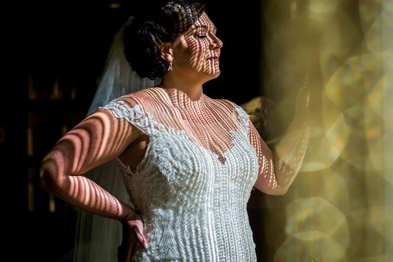 Bridal portrait modern