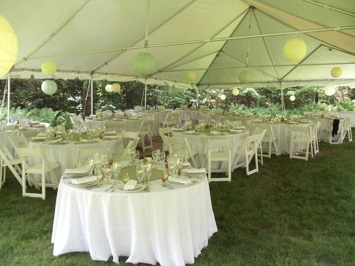 Table setting outside in the event space outside
