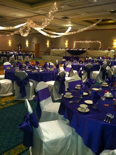 Violet reception decor