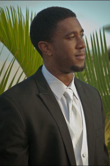 Maui Tuxedos Online
