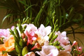 Our Pretty Little Things, floral design