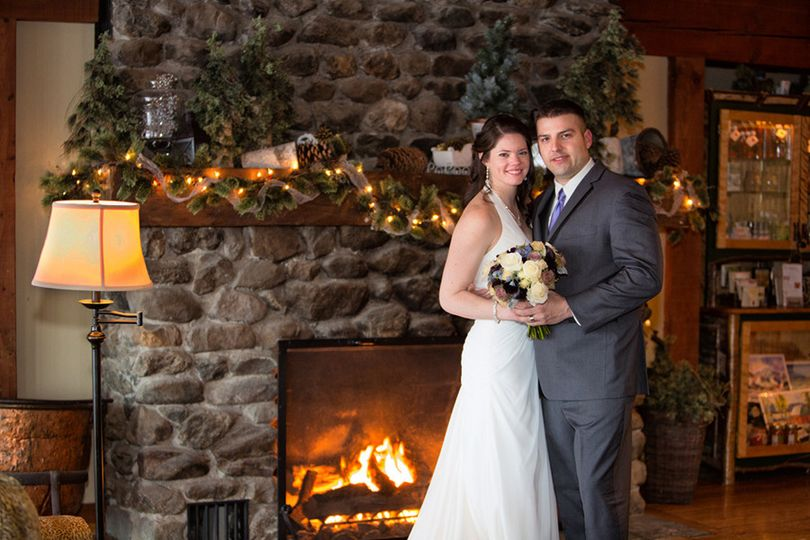 JSS0629 - Wedding Portrait - Jessica & Jason Savoy - Mountain Top Inn, Chittenden, VT