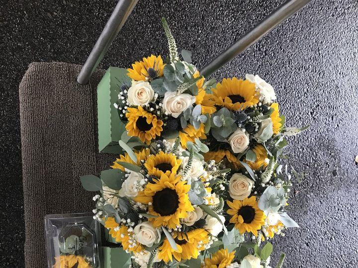 Tmx 095ab4c3 0c37 4d2e A56a 0a2725b8041d 51 1013160 Stoughton, MA wedding florist