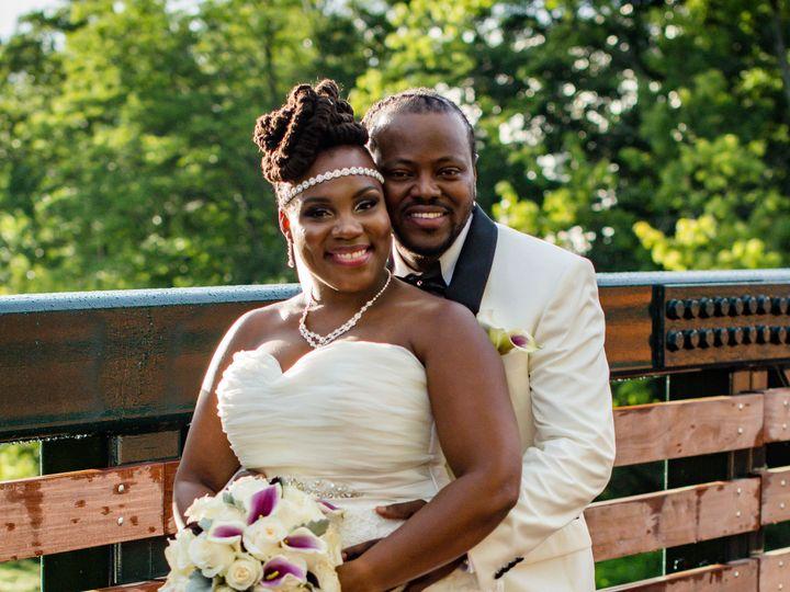 Tmx 133ff3f1 0023 406f 9bec E34303b846fa 51 1013160 Stoughton, MA wedding florist