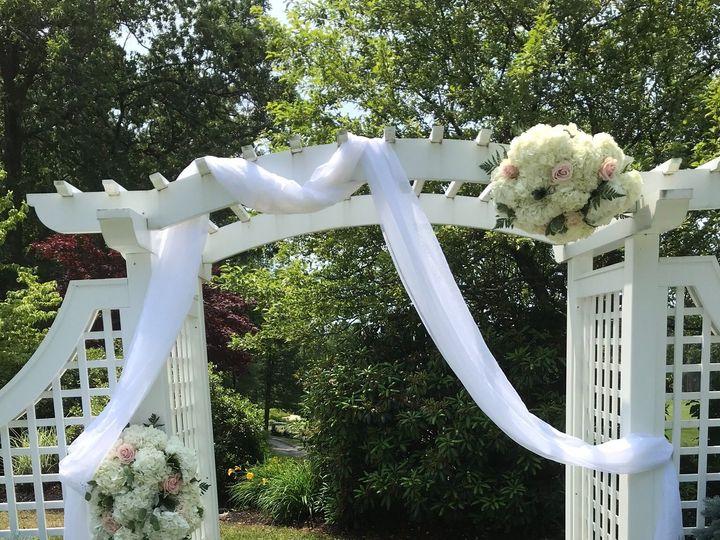 Tmx 1da81a4c 1274 4c6e B1bc 83f43abe7b8d 51 1013160 1561312941 Stoughton, MA wedding florist