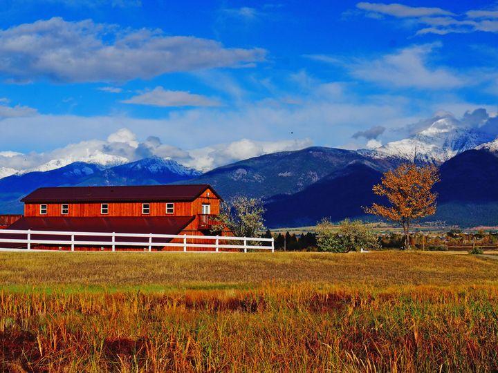 Tmx 1517076885 081c30e544a98c84 1517076882 A5c9bafa77b50fab 1517076847161 5 Rugged Horizon Bar Saint Ignatius, Montana wedding venue