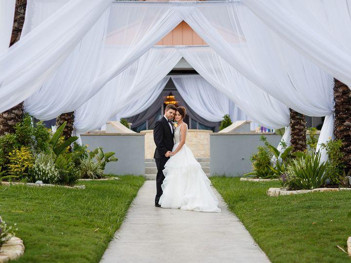 Tmx C Baron Photo Waters Edge Megan 145 51 746160 1565495625 Seabrook, Texas wedding venue
