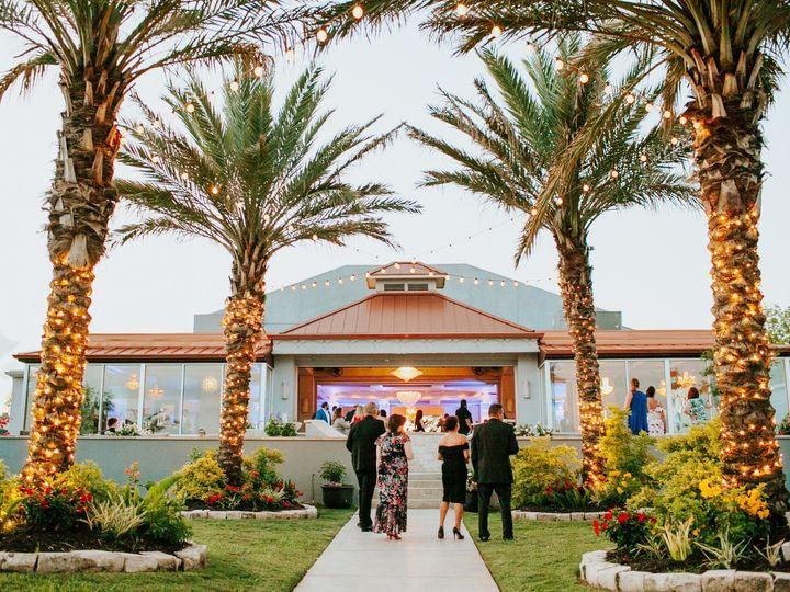 Tmx Toasts075 51 746160 1565495735 Seabrook, Texas wedding venue