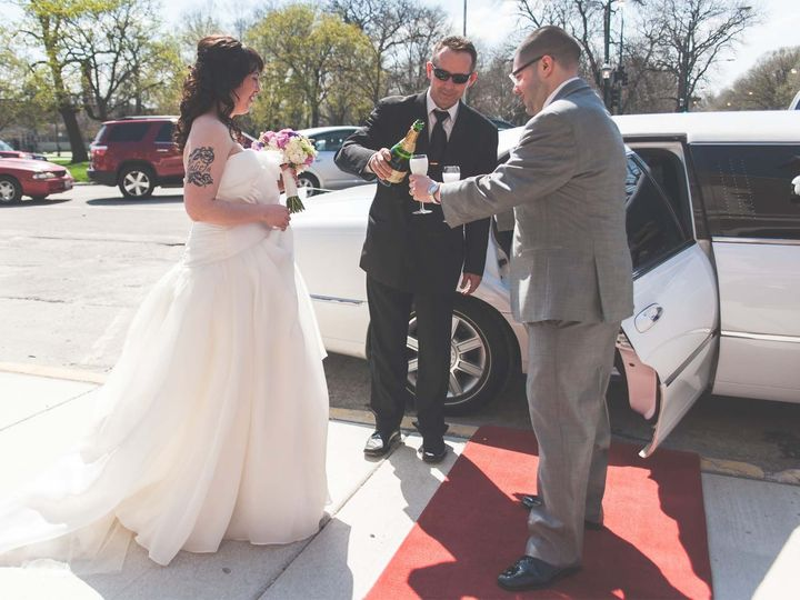 Tmx 1399857893698 2013042714564 Arlington Heights, IL wedding transportation