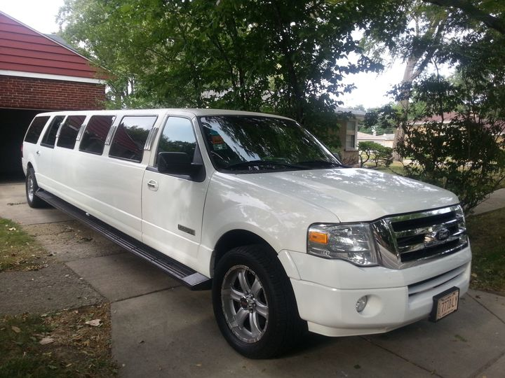 Tmx 1442439359951 Expedition Exterior 1 Arlington Heights, IL wedding transportation