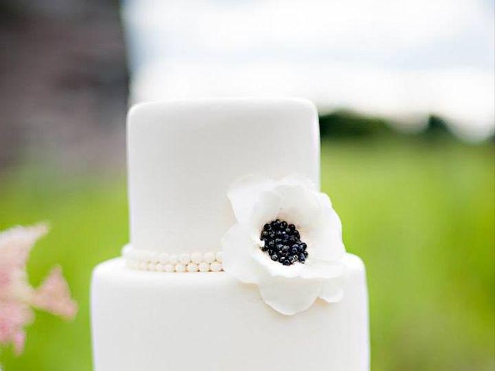 Tmx 1417715466498 Poppy Cake Fosston wedding cake