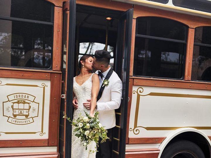Tmx 40612912 1149342488547149 198351709589277369 N 51 48160 157679266747680 Houston, Texas wedding transportation