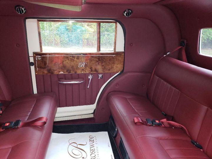 Tmx Gatsby Passenger Cabin 51 48160 157679216923577 Houston, Texas wedding transportation