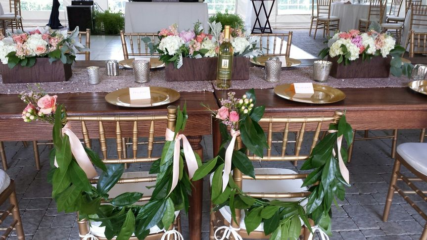 Chair decor - Gloriosa