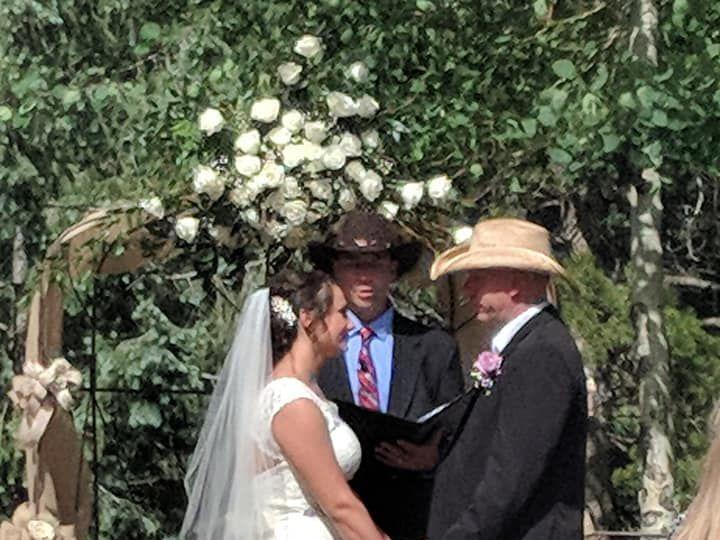 Tmx 1533142284 25b447af4c8e851f 1533142282 F57abfd813b821c7 1533142271676 1 Abbott Wedding 2 Bennett, CO wedding planner