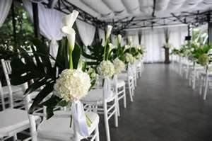 We provide the best envoirment for our wedding couples.